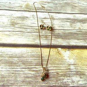 Vintage 14k Gold Earring and Necklace Emerald) Set